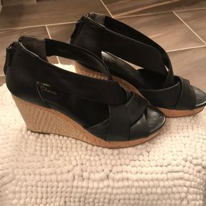 Cole Haan Wedge Leather Sandal SZ 9.5